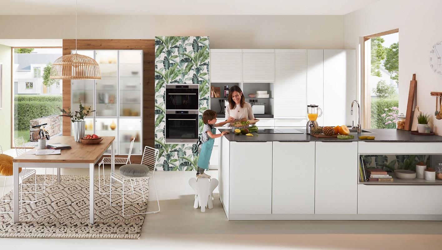 Biała matowa kuchnia zabezpieczona przed odciskami palców.